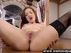 Redhead fires a huge stream of piss on herself