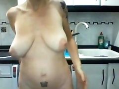 Me leader milf toying live in my kitchen
