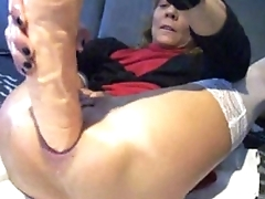 precedent-setting anal plug and orgasm - PainalSex.com