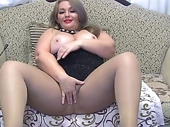 Milf proving herself at loveforcams.com