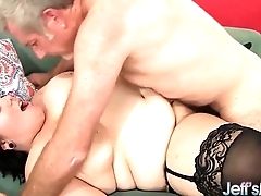 Chubby beauty Alexxxis Allure hardcore sexual connection